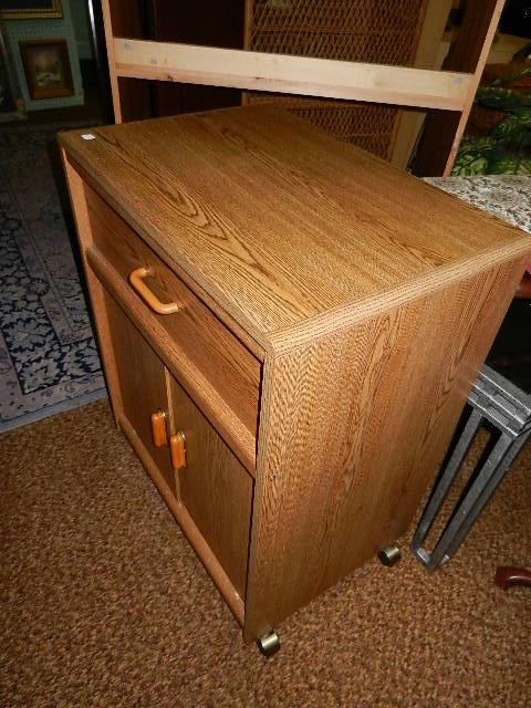 Microwave Cab.-Cart. Oak